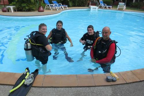 Learn scuba diving Phuket Thailand